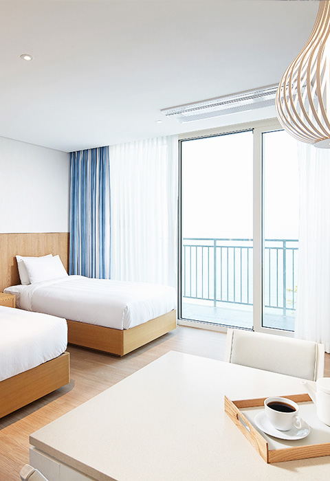 Lotte Resort Sokcho Condo Family - An ocean view room suitable for 3~4 people. - 02